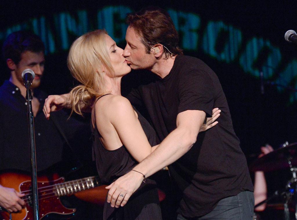David Duchovny, Gillian Anderson, Kiss