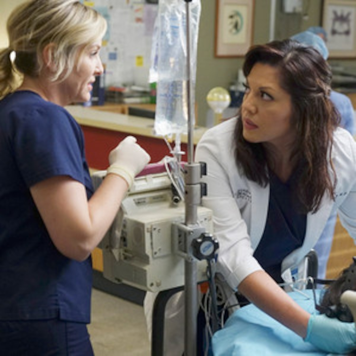 Grey S Anatomy S Finale Just Completely Broke Us E News