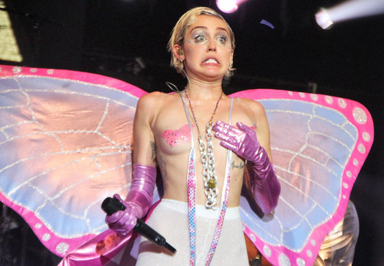 Miley Cyrus Is Hosting The Vmas, So Of Course We Have Some Ideas For Her  E News-6977