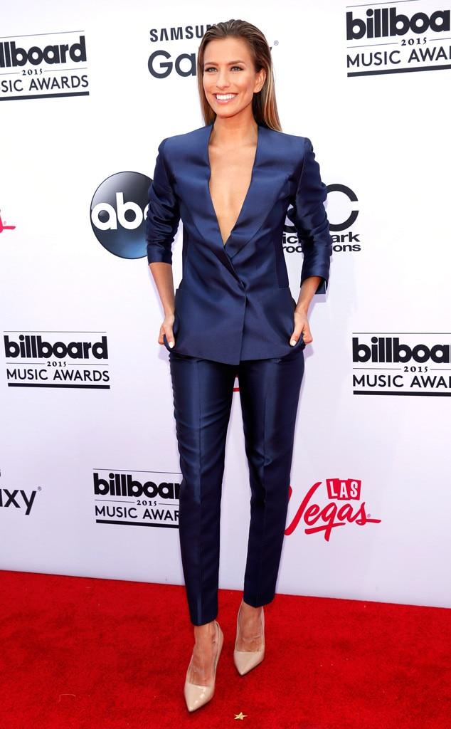 Renee Bargh, 2015 Billboard Music Awards
