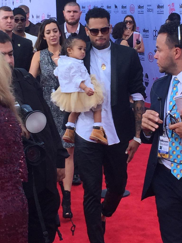 Chris Brown, Royalty,  Billboard Music Awards 2015