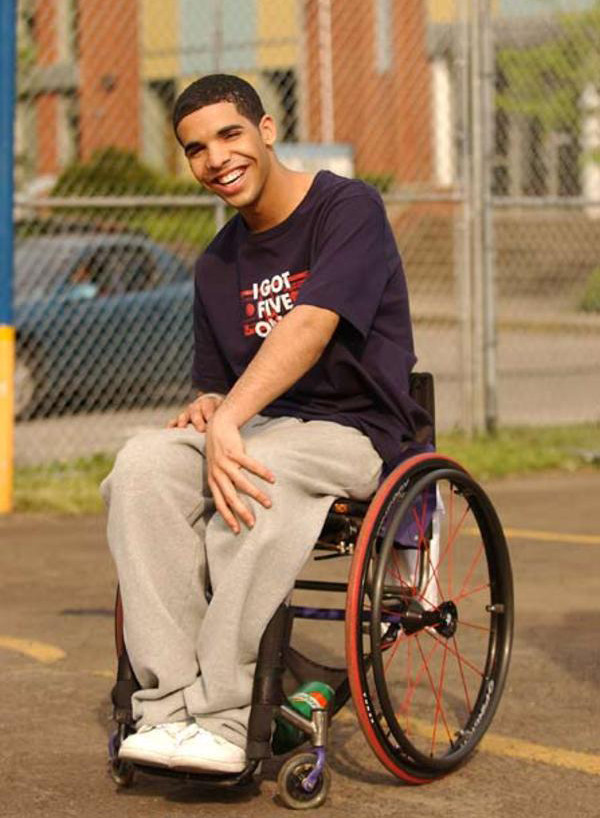 A Tbt Thank You To Degrassi For Making Drake Famous E News