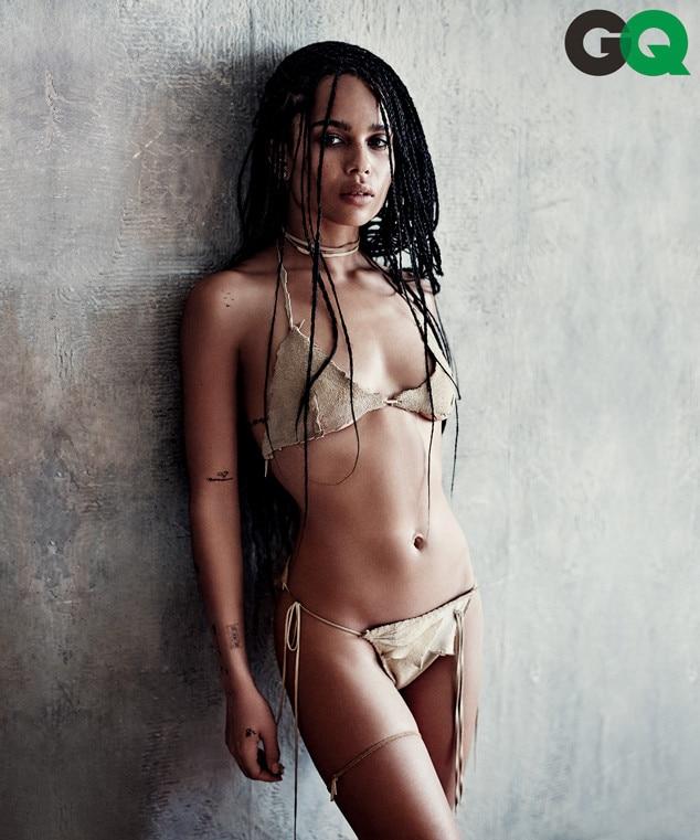 naked Zoe model