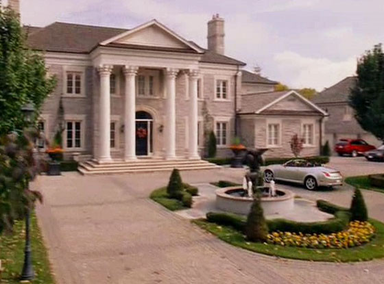 Mean Girls, Regina's House for Sale