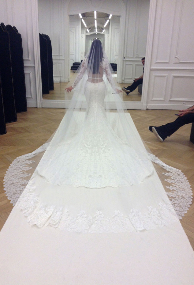Wedding Dress Shopping With the Stars: How Angelina Jolie, Kim ...