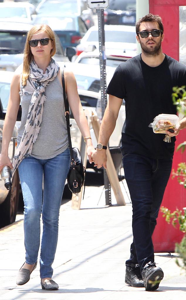Is Emily VanCamp Marrying Her Former Co-Star Josh Bowman ...  Is Emily VanCam...