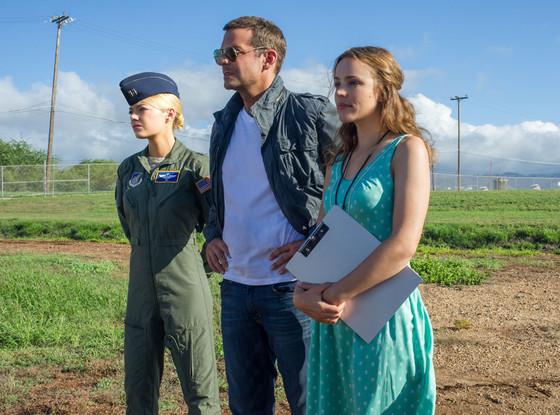 Aloha, Emma Stone, Bradley Cooper, Rachel McAdams