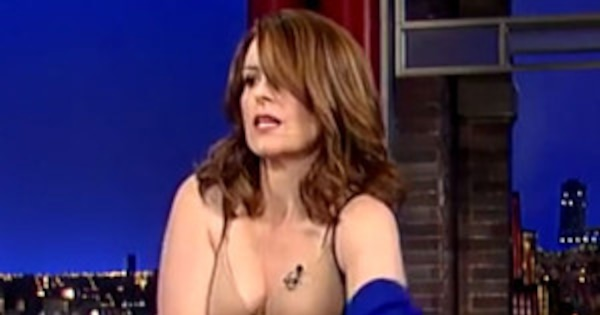 Tina Fey Takes Off Her Dress For Final Appearance On The