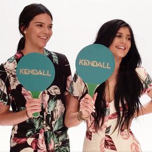Kendall Jenner, Kylie Jenner, Glamour