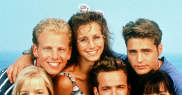 The Beverly Hills 90210 Lifetime Movies First Cast Photo Is