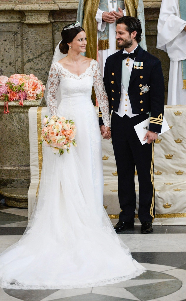 Meghan markle duchess of sussex from the best royal wedding dresses meghan markle duchess of sussex from the best royal wedding dresses e news junglespirit Images