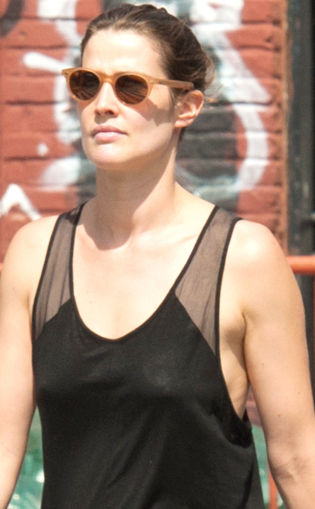 Cobie Smulders Goes Braless and Flaunts Skinny Post-Baby ...