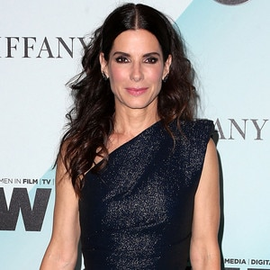 Is sandra bullock dating anyone right now