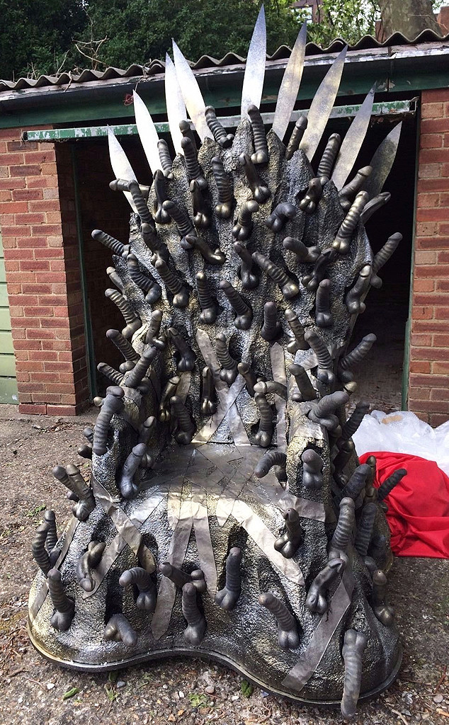 Game of Thrones, Dildo Throne
