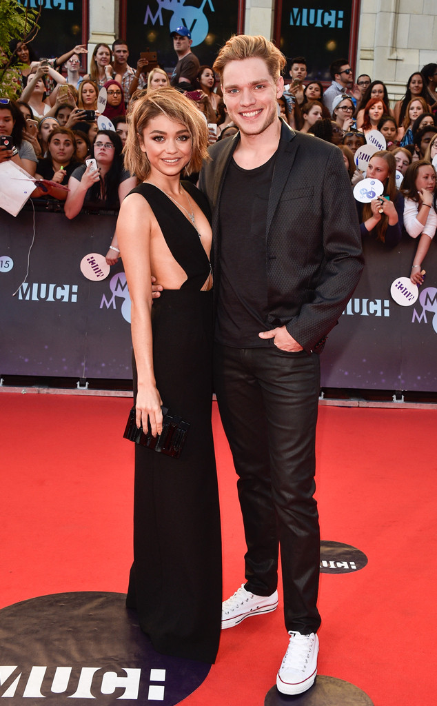 Sarah Hyland, Dominic Sherwood, 2015 MuchMusic Video Awards