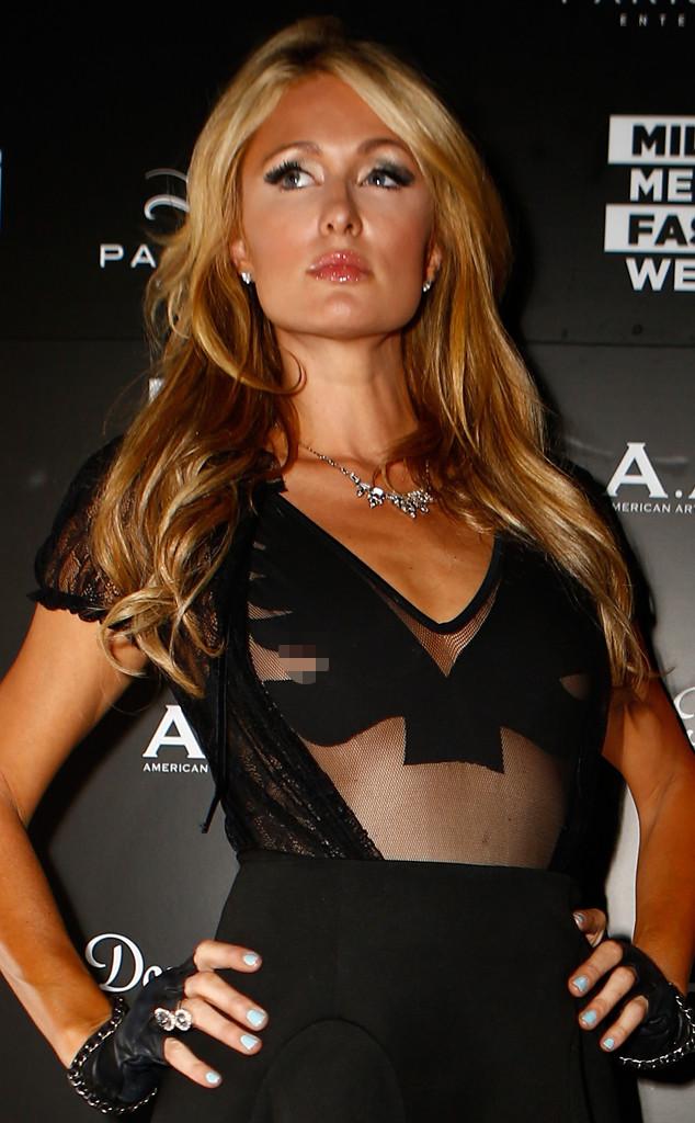 Paris Hilton Brystvorter