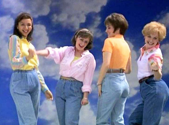Tbt When Snl Made Mom Jeans A Thing  E News-4608