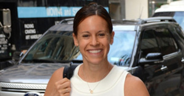 Today S Jenna Wolfe Shows Off Incredible Post Baby Body 4 Months