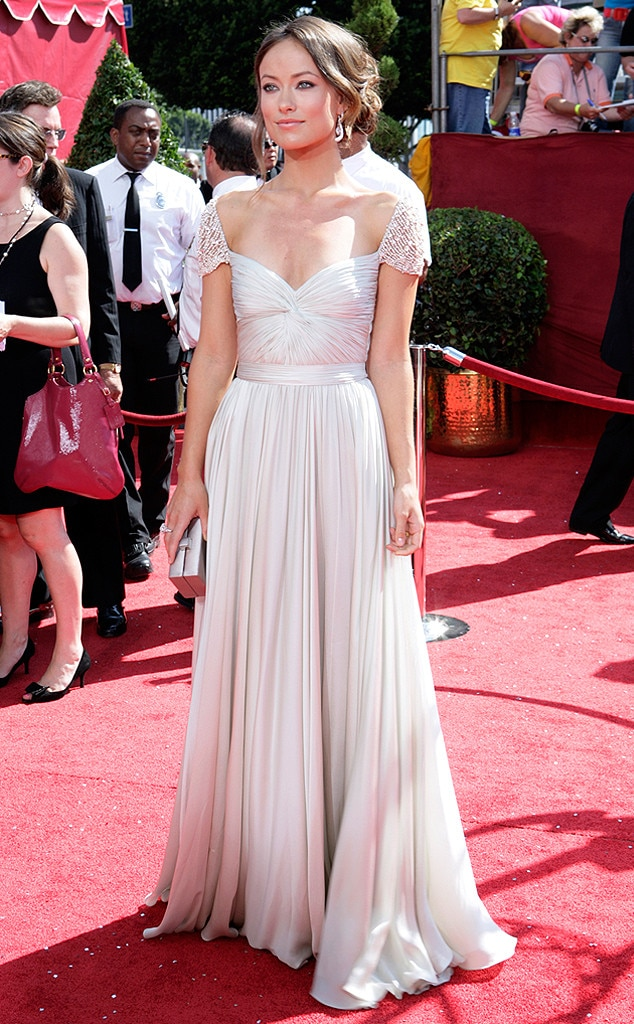 Anne Hathaway from 17 Red Carpet Dresses That Could Totally Be ...