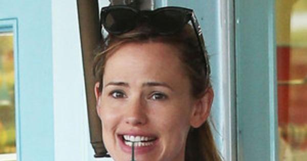 Jennifer Garner Amp Ben Affleck Still Wearing Wedding Rings