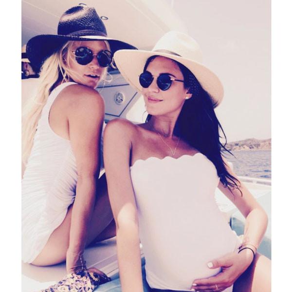 Jessica Simpson, Vacation, Instagram