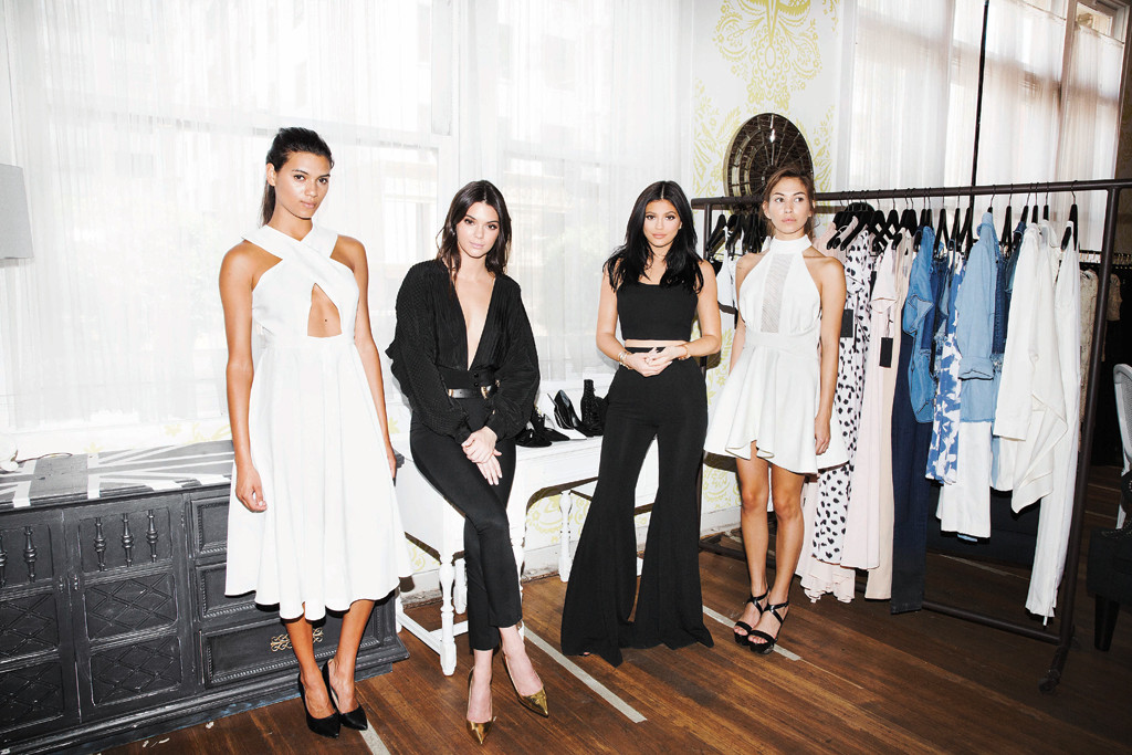 Kendall Jenner, Kylie Jenner, Footwear News