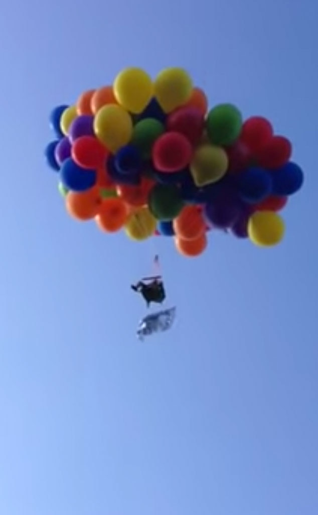 Balloon Lawn Chair & This Man Flew Over Canada on a Lawn Chair Tied to Balloonsu2014and Now ...