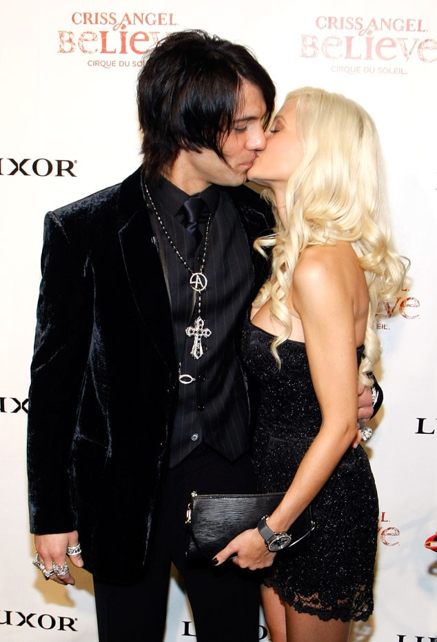 Criss angel and holly madison it s on