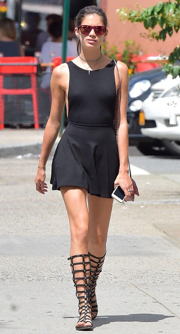 Valentina Sampaio Wear Fashion Dresses