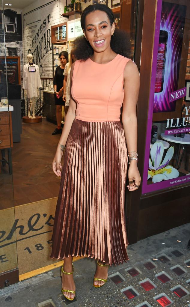 Solange Knowles, Pleats