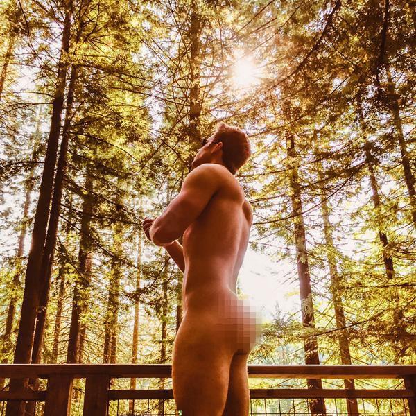 John Stamos Nude