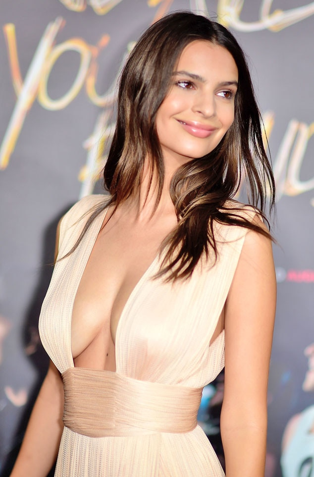 Emily ratajkowski from the big picture today 39 s hot photos for Today hot pic
