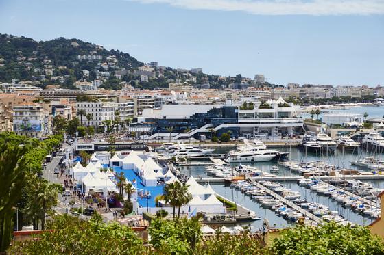 E_in_City_Cannes_1152