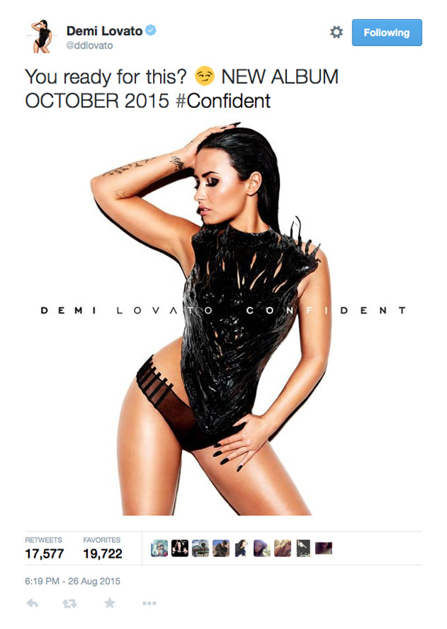 Demi Lovato, Twitter