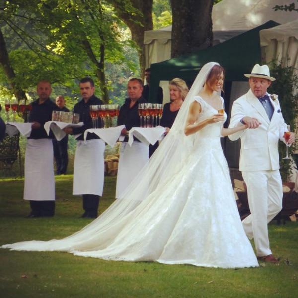 Jacquie Ainsley wedding dress