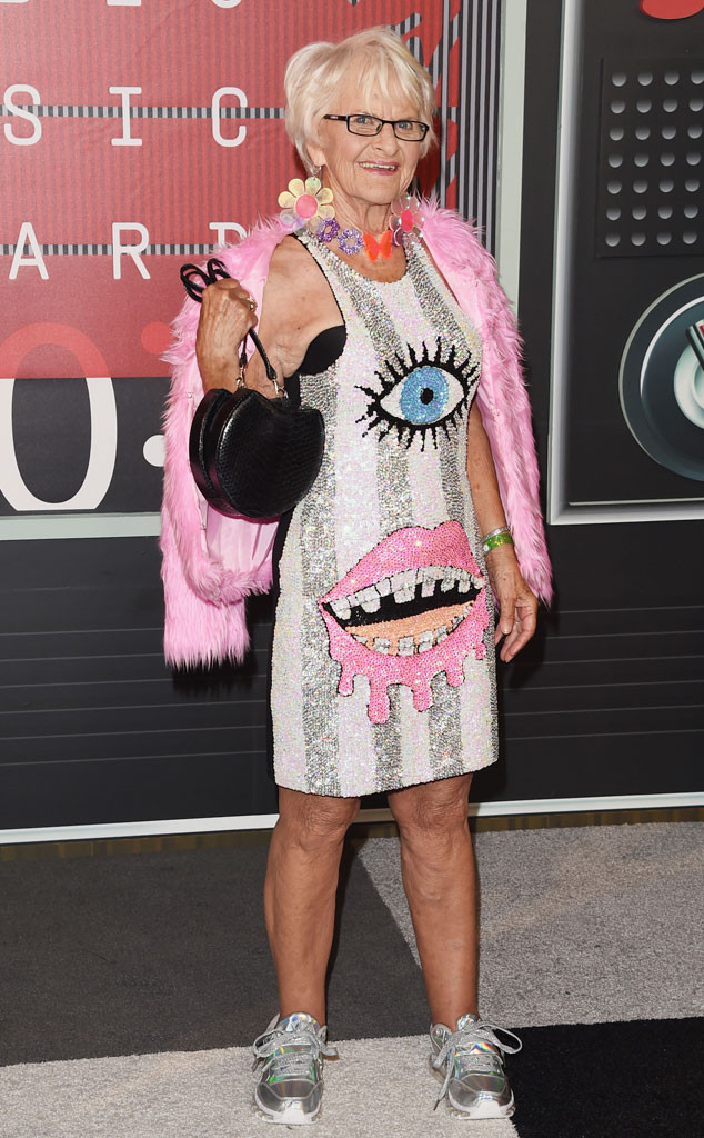 Baddie Winkle, 2015 MTV Video Music Awards, VMA