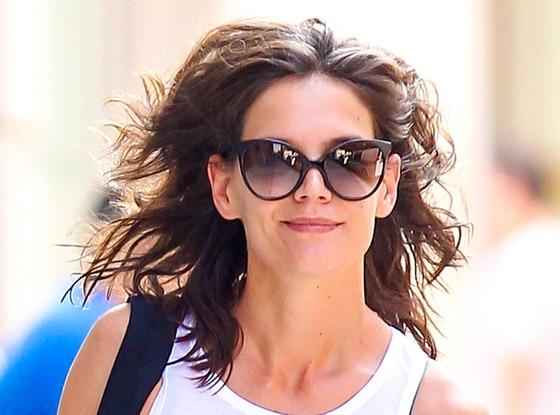 9a607e1eddd5 Katie Holmes from Stars  Sunglasses Style