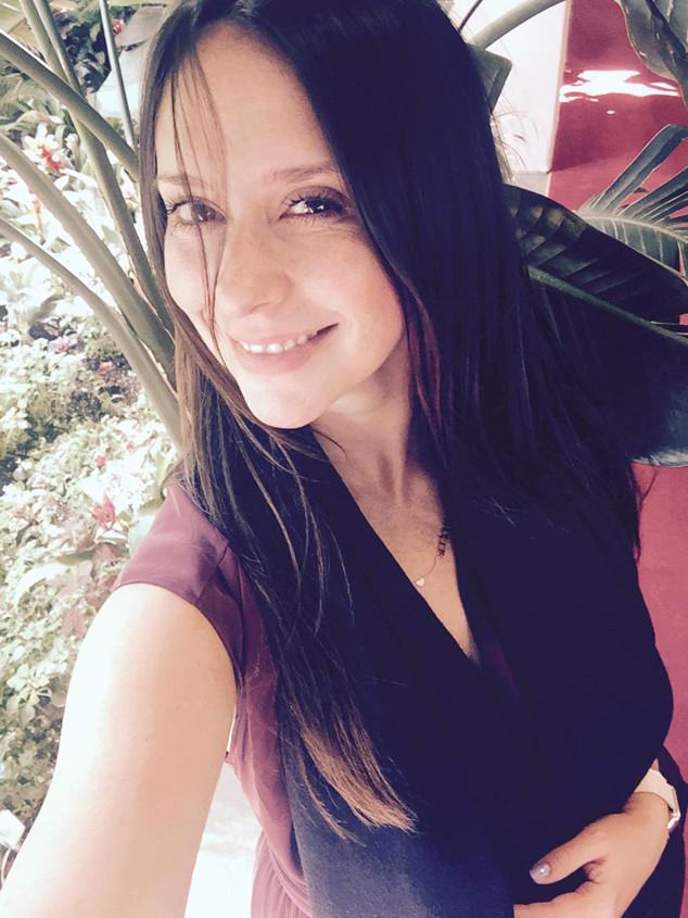 Jennifer Love Hewitt, Twitter