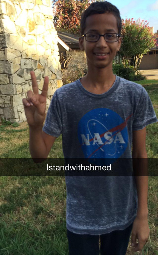 Barack Obama Supports Ahmed Mohamed, 14, Who Brought to ...  Obama
