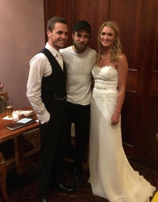 Robert Pattinson, Wedding Crasher