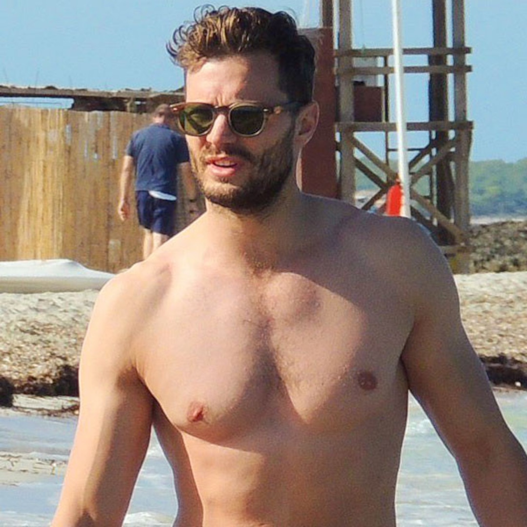 Lost Star Josh Holloway Goes Shirtless at the Beach in L