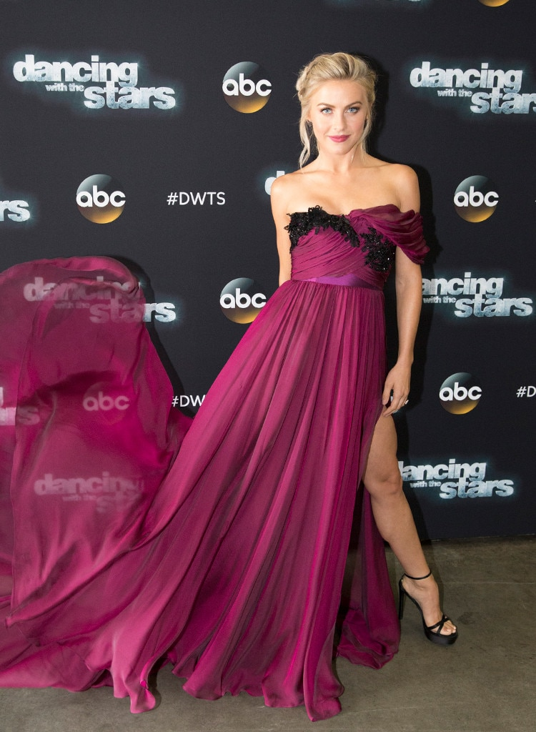 Julianne Hough, Dancing with the Stars, 9/21
