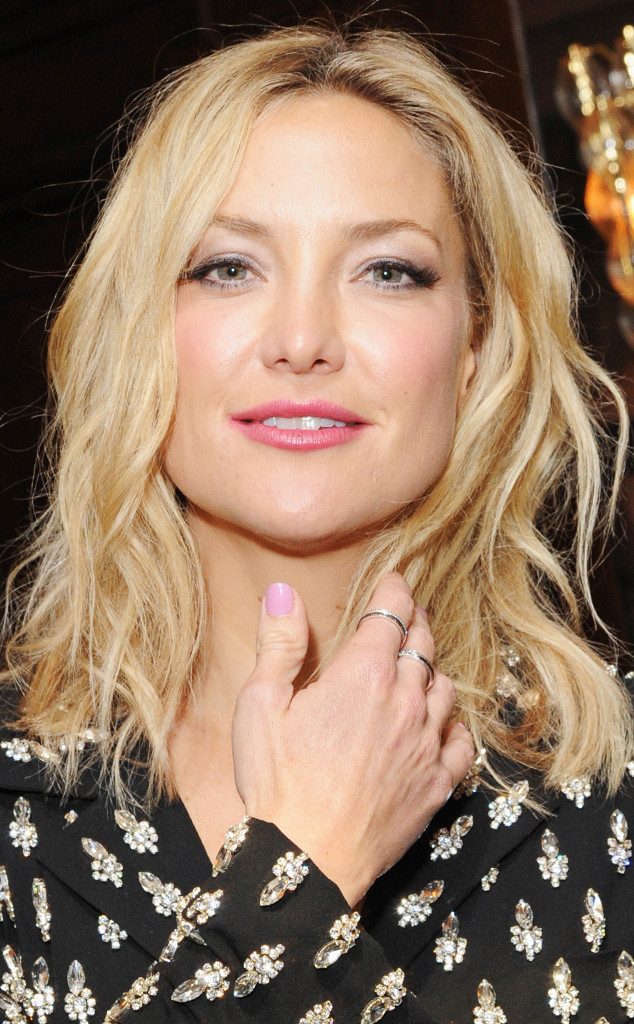 How to Keep Youthful Hands: The Celeb-Tested Anti-Aging Regimen We ...