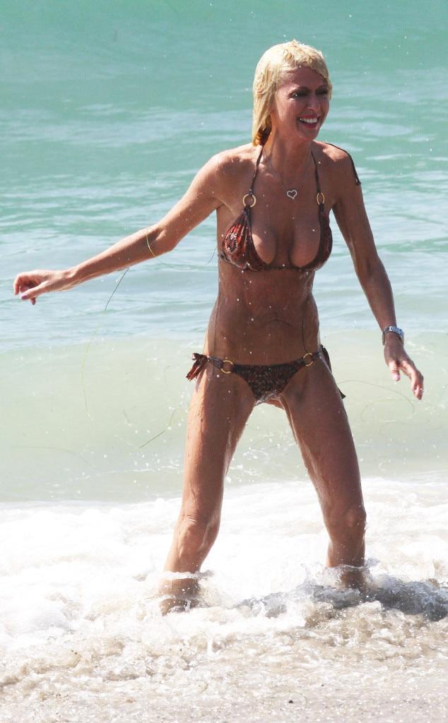 Tara Reid, Bikini