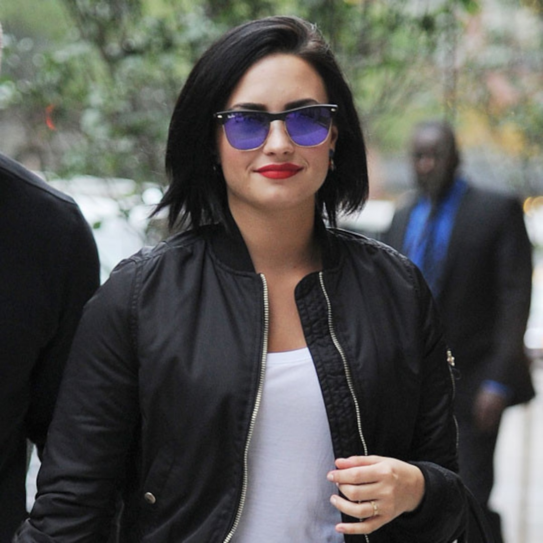 Demi Lovato Reacts To Fans Support After Sexy Nude Photo -4663