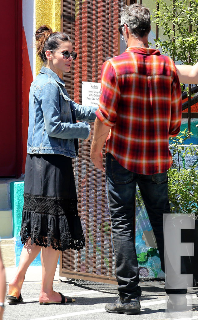 Sandra Bullock and Bryan Randall Pack on the PDA—See the ...
