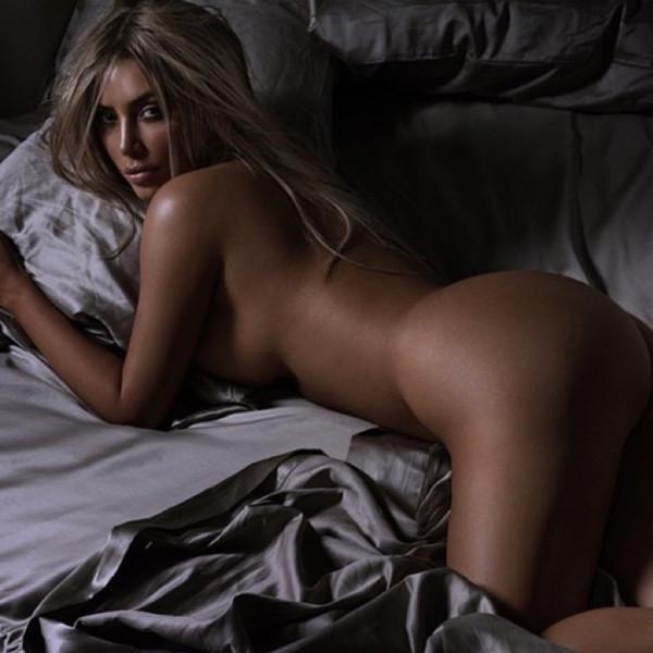 Kim Kardashian, Naked, Instagram