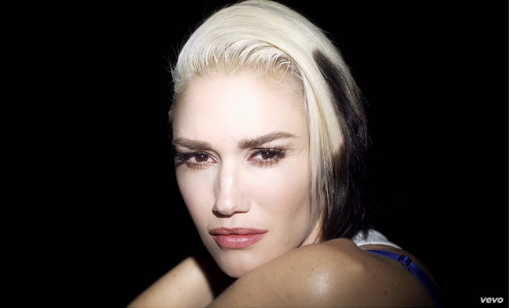 Gwen Stefani, Used To Love You Video