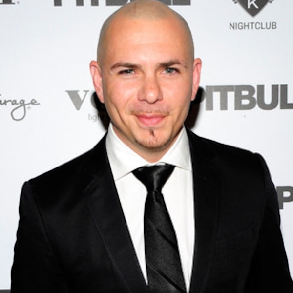 Pitbull Lends Private Plane To Transfer Cancer Patients From Puerto