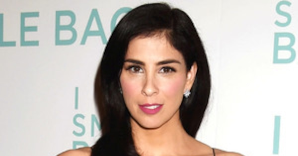 Sarah Silverman Sexy Pictures